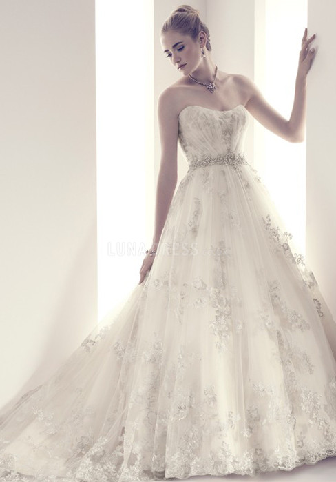 ball-gown-scoop-lace-floor-length-chapel-train-wedding-dress-with-appliques_1403060031