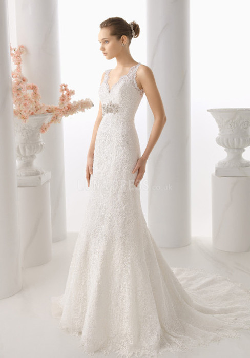 elegant-mermaid-lace-floor-length-v-neck-wedding-dress-with-brooch_1403060018